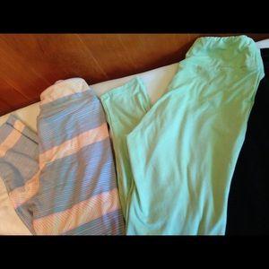 2 Pair of LuLaRoe OS Leggings in Pastels
